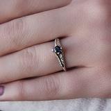 Золотое кольцо Альпина с сапфиром и бриллиантами