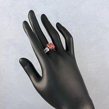 Серебряное кольцо Августа с кораллами и фианитами