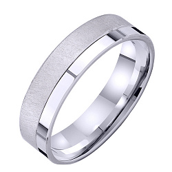 Золотое обручальное кольцо Совершенная любовь в белом цвете