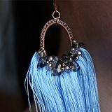 Серьги-кисточки Ариэль из шелковых нитей с кристаллами Swarovski и содалитом