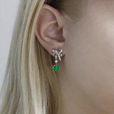 Серебряные пуссеты-подвески Банты с зелеными агатами, жемчугом и фианитами