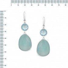 Серебряные серьги-подвески Каролина с голубым топазом и халцедоном