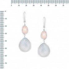 Серебряные серьги-подвески Ласковый рассвет с голубым и розовым халцедоном