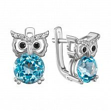 Серебряные серьги с голубыми топазами, черными и белыми фианитами с родированием 000134465