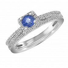 Золотое наборное кольцо Сияющая нежность в белом цвете с бриллиантами и сапфиром