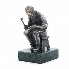 Серебряная статуэтка Еврейский сапожник