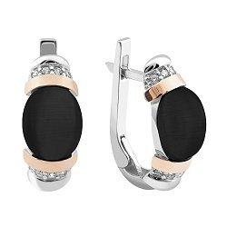 Серебряные серьги с имитацией черного оникса, фианитами и золотыми накладками 000121636