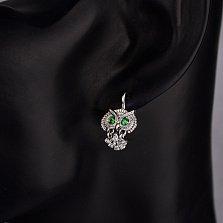 Серебряные серьги-подвески Совушка с зелеными и белыми фианитами