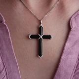 Золотой крест Альвен с ониксом и бриллиантами
