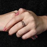 Золотое кольцо Полосы жизни с черными и белыми фианитами