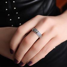 Кольцо из серебра з золотыми вставками Эскада