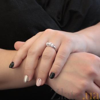 Золотое кольцо Жюстин с сердечками в белом цвете с белыми фианитами 000082748