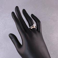 Золотое кольцо Евгения с двойной шинкой, кристаллом Swarovski и инкрустацией фианитами