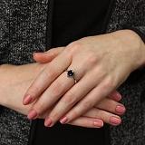 Серебряное кольцо Легкая капля с сапфиром