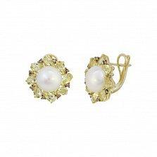 Серьги из желтого золота Джустина с коньячными бриллиантами, белым жемчугом и кварцем цвета шампань