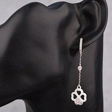 Серебряные серьги-подвески Ридли с клевером из сердечек из белой керамики и фианитами