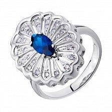Золотое кольцо Мистический цветок в белом цвете с сапфиром и бриллиантами