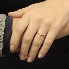 Золотое кольцо Сердечко в красном цвете металла