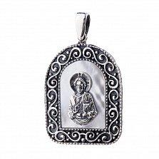 Серебряная ладанка Духовный учитель с белым перламутром
