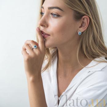 Золотое кольцо Майя в белом цвете с голубым топазом и фианитами 000082329