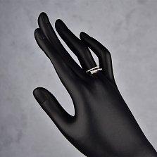 Серебряное кольцо Остроконечная стрела с разомкнутой шинкой, дорожками и белыми фианитами