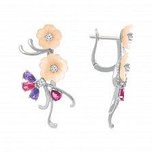 Серебряные серьги Нежные лепестки с разноцветными фианитами и розовым перламутром