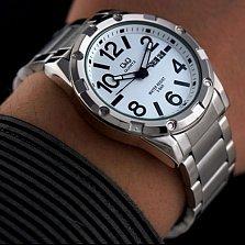 Часы наручные Q&Q A150J204Y