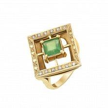 Золотой перстень Донателла в желтом цвете с изумрудом и бриллиантами