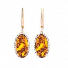 Золотые серьги-подвески Магали с янтарем и фианитами