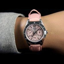 Часы наручные Casio LTP-2069L-4AVEF