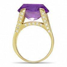 Золотой перстень Ева в желтом цвете с дорожками фианитов на шинке и синтезированным аметистом