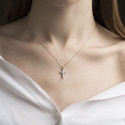 Золотой декоративный крестик в белом цвете с бриллиантами 000116523