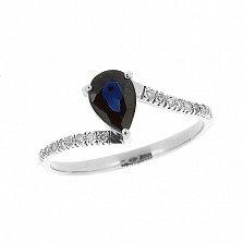Серебряное кольцо Делия с синим сапфиром и лейкосапфирами