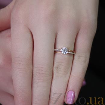 Золотое кольцо в красном цвете с фианитами Сандра 000022861