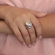 Серебряное кольцо Ранняя весна с разомкнутой шинкой и имитацией опала