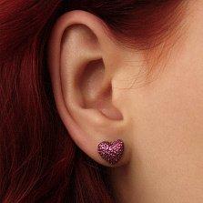 Серебряные серьги-пуссеты Блестящее сердечко с цирконием цвета рубина