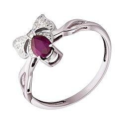 Золотое кольцо в белом цвете с бриллиантами и рубином 000021361