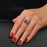 Золотое кольцо с топазом и бриллиантами Амбер