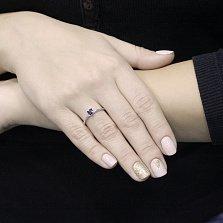 Золотое кольцо Клермон в белом цвете с сапфиром огранки принцесса в четырех крапанах