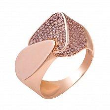 Золотое кольцо Два треугольника в усыпке белых фианитов