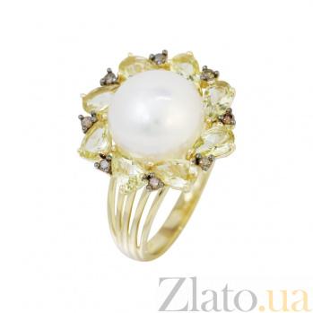 Кольцо из желтого золота Джустина с коньячными бриллиантами, белым жемчугом и кварцем цвета шампань 000080983