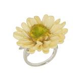 Серебряное кольцо с фианитами Ромашка