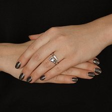 Серебряное кольцо Стопа с кристаллами Swarovski Zirconia