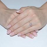 Золотое кольцо с топазом и фианитами Луиза