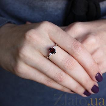 Серебряное кольцо с гранатом и фианитами Забвение 000032437