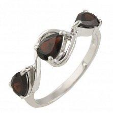 Серебряное кольцо Милада с гранатом