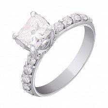 Золотое кольцо с неповторимым бриллиантом Hettie