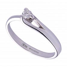 Золотое помолвочное кольцо Милена в белом цвете с асимметричной шинкой и бриллиантом