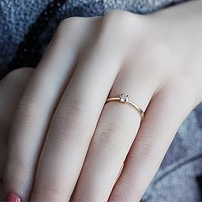 Кольцо из красного золота с бриллиантом Ангелина