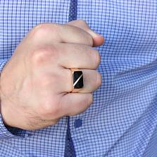 Золотое кольцо-печатка Керим с черной эмалью